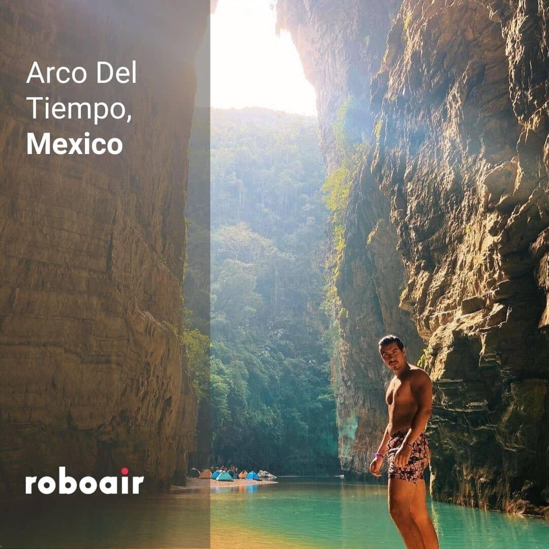 Arco del Tiempo, Mexico